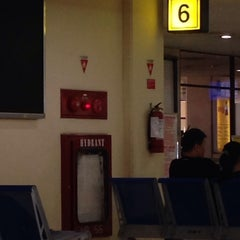 Photo taken at Gate 6 by Qwinbee Q. on 7/9/2014