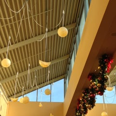 Photo taken at Food Court by Jan K. on 12/14/2012