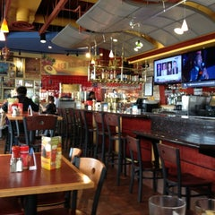 Photo taken at Red Robin Gourmet Burgers by Christopher M. on 11/8/2012