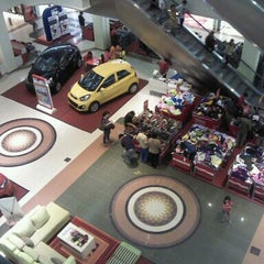Photo taken at Mega Mall by moldychriz s. on 10/13/2012