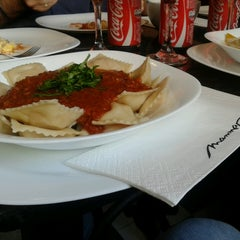 Photo taken at Mamma Roma by Ludymila A. on 5/10/2013