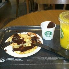Photo taken at Starbucks by Maya K. on 9/25/2013