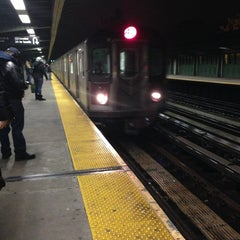 Photo taken at MTA Subway - Pelham Parkway (2/5) by T on 12/22/2012