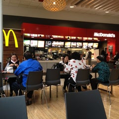 Photo taken at McDonald's by Bharani on 11/3/2012