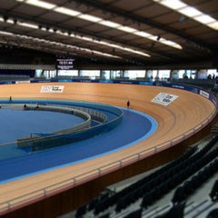 Photo taken at London 2012 Velodrome by Ben on 7/3/2014