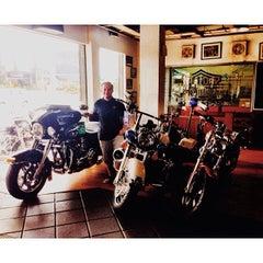Photo taken at Dewata Harley-Davidson by Sheikh Adi on 12/25/2013