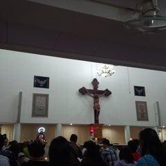 Photo taken at Gereja Hati Yesus yang Maha Kudus by AGUSTINUS R. on 1/25/2015