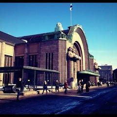 Photo taken at VR Helsingin päärautatieasema by Katja on 3/19/2013