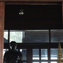 Photo taken at ศาลเสด็จเตี่ย by บอย บ. on 10/7/2012