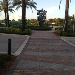 Photo taken at Promenade at Coconut Creek by James E. on 7/8/2013