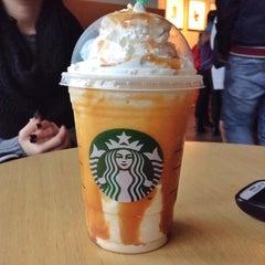 Photo taken at Starbucks by Joseph O. on 11/21/2013