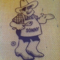 Photo taken at Sonny's BBQ by Nicole C. on 11/4/2012