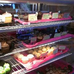 Photo taken at Miss Priss Cupcakes & such by lbdonna on 4/17/2013