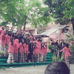 Photo taken at SMA Negeri 1 Batu by dyana on 10/28/2013