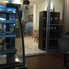 Photo taken at Café Mocha by Mohammed A. on 2/14/2012