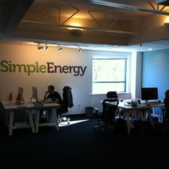 Photo taken at Simple Energy by Yoav L. on 10/18/2011