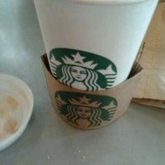 Photo taken at Starbucks by Raphael M. on 9/8/2011