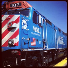 Photo taken at Metra - Elmhurst by Eletta B. on 5/22/2012