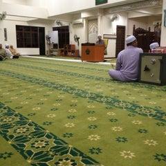 Photo taken at Surau Al Ikhwan by Mohd Zamri C. on 8/31/2012