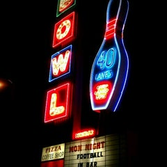 Photo taken at Linbrook Bowling Center by Atalia L. on 11/17/2011