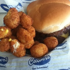 Photo taken at Culver's by Lacey on 7/25/2012
