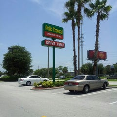 Photo taken at Pollo Tropical by cewlan on 7/20/2012