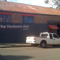 Photo taken at The Hardware Store.com.au by Tengu T. on 8/29/2011