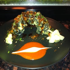 Photo taken at Sushi Raw by Shauna L. on 8/22/2011