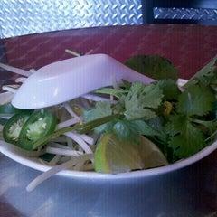 Photo taken at Pho 43 by Khon C. on 12/6/2011