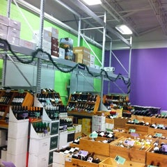Photo taken at Bin Ends Wine by Susie I. on 12/3/2011