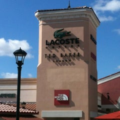 Photo taken at Orlando International Premium Outlets by Eduardo M. on 3/13/2012