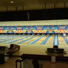 Photo taken at Riviera Lanes by Timmer B. on 9/7/2011