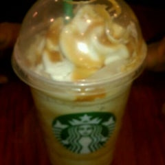 Photo taken at Starbucks by Taniesha S. on 1/20/2012