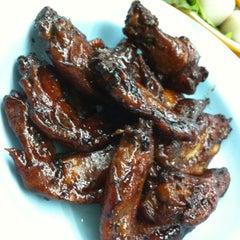 Photo taken at Restoran Yuen Buffet Steamboat by ToTo . on 2/9/2011