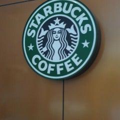 Photo taken at Starbucks 星巴克 by Jee Y. on 6/6/2012
