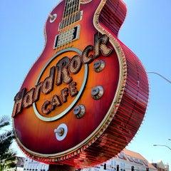 Photo taken at Hard Rock Cafe Las Vegas at Hard Rock Hotel by Paolo C. on 9/1/2012