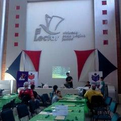 Photo taken at El lector. Librería/Editorial by Augusto M. on 8/11/2012