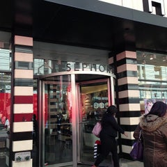 Photo taken at Sephora by Marilena C. on 4/21/2013