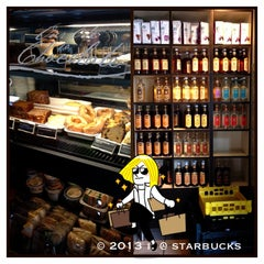 Photo taken at Starbucks by 💕i /@yumyum.in.the.tumtum on 4/7/2013