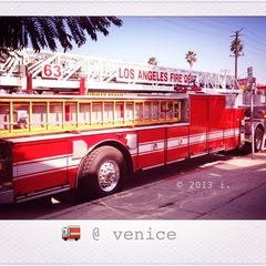 Photo taken at Venice, CA by 💕i /@yumyum.in.the.tumtum on 2/18/2013