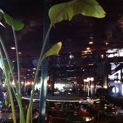 Photo taken at Tilley's Devine Cafe Gallery by Steven C. on 10/11/2012
