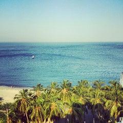 Photo taken at Tamacá Beach Resort Hotel by David H. on 4/30/2013