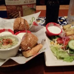 Photo taken at Chili's Grill & Bar by Joshua W. on 3/20/2014