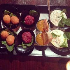 Photo taken at Pinch - Spirits & Kitchen by Arabella on 12/14/2015
