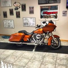 Photo taken at Jim's Harley-Davidson of St. Petersburg by Michael on 10/23/2014