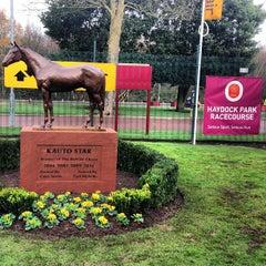 Photo taken at Haydock Park Racecourse by Jon on 11/24/2012