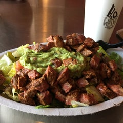 Photo taken at Chipotle Mexican Grill by Pao on 5/20/2015