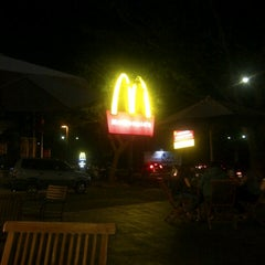 Photo taken at McDonald's by Tia on 9/16/2012