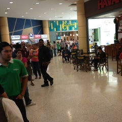 Photo taken at Banco de Venezuela by Ezequiel O. on 2/22/2013