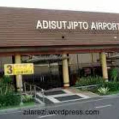 Photo taken at Adisutjipto International Airport (JOG) by esti o. on 3/31/2013